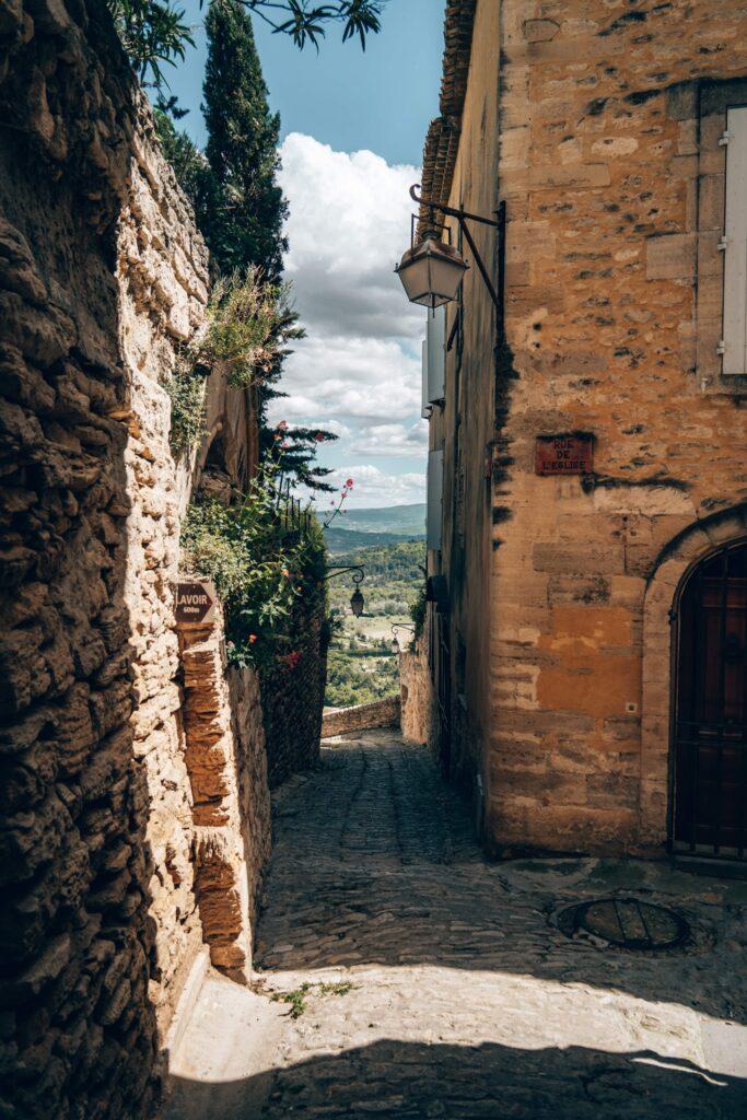 Les ruelles du village de Gordes
